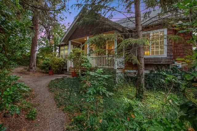 2801 S Perry St, Spokane, WA 99203 (#202122439) :: Cudo Home Group
