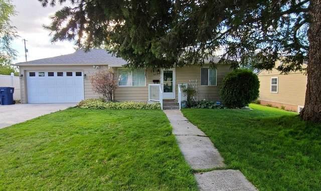 5831 N Lindeke St, Spokane, WA 99205 (#202122654) :: Trends Real Estate