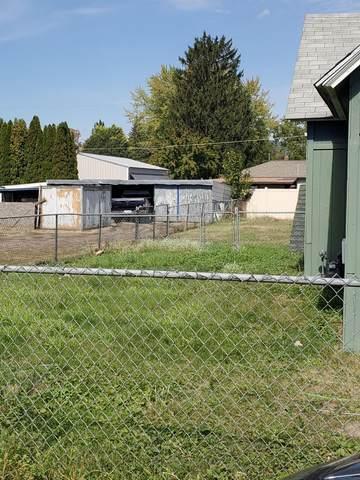 18423 E Boone Ave, Spokane, WA 99016 (#202122661) :: Trends Real Estate