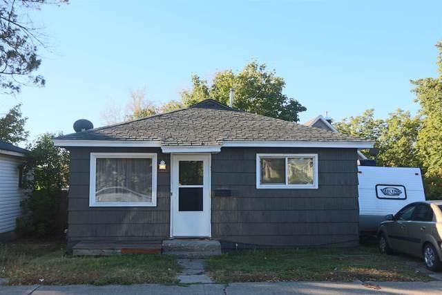 808 E Euclid Ave, Spokane, WA 99207 (#202122680) :: Embrace Realty Group