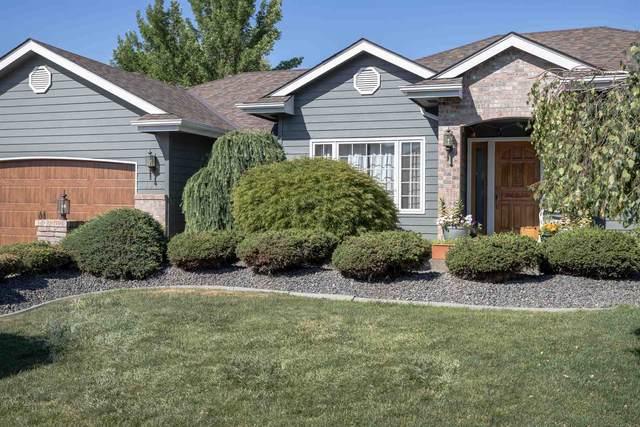 9905 N Quanah Ct, Spokane, WA 99208 (#202122697) :: RMG Real Estate Network