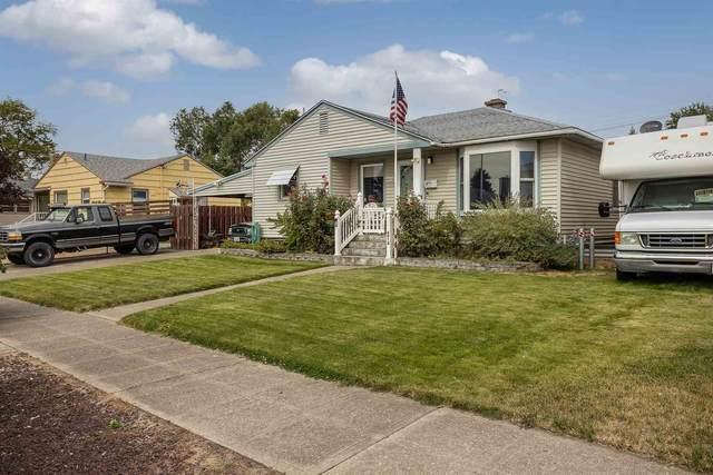 4918 W Princeton Pl, Spokane, WA 99205 (#202122721) :: Bernadette Pillar Real Estate