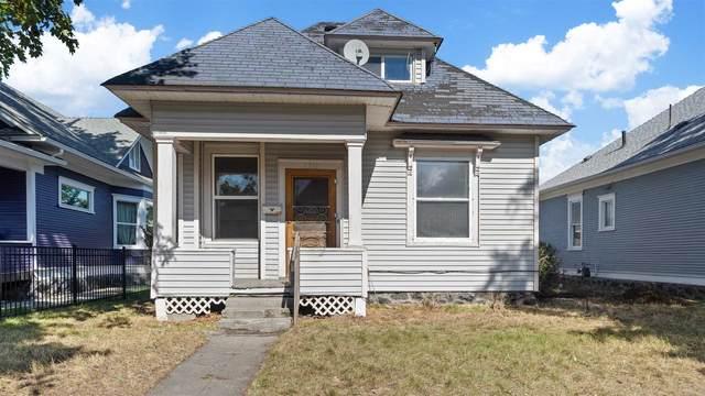 2312 W Mallon Ave, Spokane, WA 99201 (#202122814) :: Bernadette Pillar Real Estate