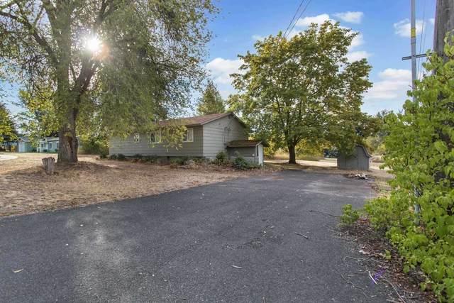 902 E D St, Deer Park, WA 99006 (#202122823) :: Bernadette Pillar Real Estate