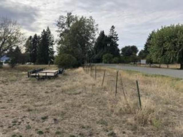 2336 Burnt Valley Rd, Chewelah, WA 99109 (#202122870) :: The Spokane Home Guy Group