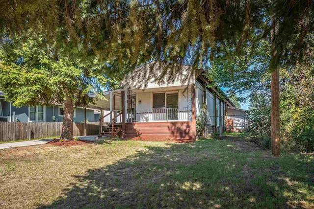 227 Summit Blvd, Priest River, ID 83856 (#202122880) :: Bernadette Pillar Real Estate