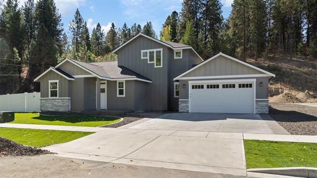 4120 S Sundown Dr, Spokane Valley, WA 99206 (#202122921) :: Bernadette Pillar Real Estate