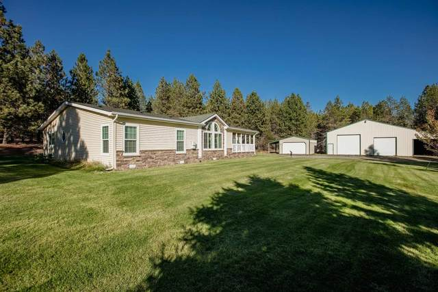 166 Hoover Rd, Blanchard, ID 83804 (#202122931) :: Elizabeth Boykin | Keller Williams Spokane