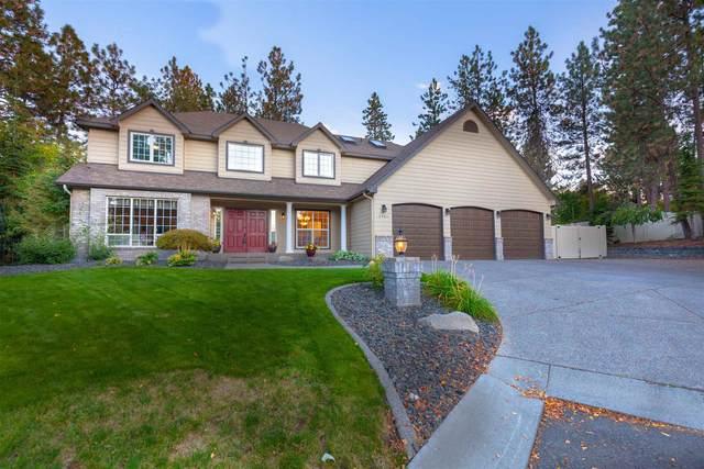 3907 E Bellerive Ln, Spokane, WA 99223 (#202122984) :: Bernadette Pillar Real Estate