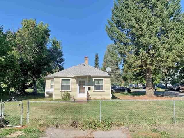 7823 E Glass Ave, Spokane Valley, WA 99212 (#202123005) :: Bernadette Pillar Real Estate