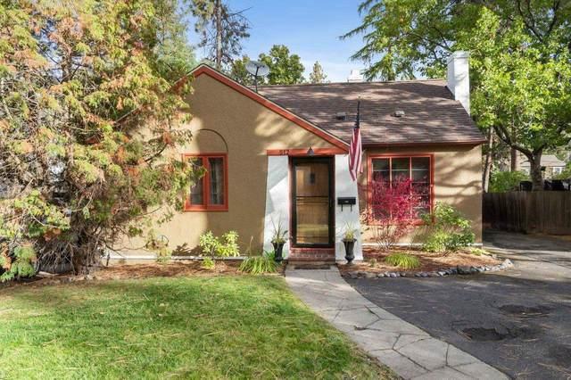 512 W 29th Ave, Spokane, WA 99203 (#202123233) :: Trends Real Estate