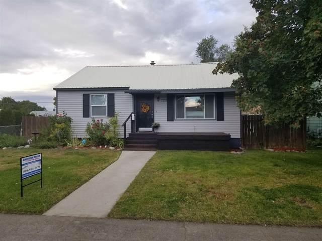 2212 W Crown Ave, Spokane, WA 99205 (#202123292) :: Bernadette Pillar Real Estate