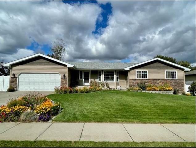 5310 Broken Arrow Ct, Spokane, WA 99208 (#202123315) :: Five Star Real Estate Group