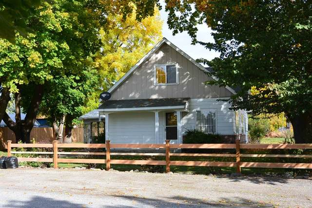 710 W Valley Ave, Chewelah, WA 99109 (#202123601) :: The Spokane Home Guy Group