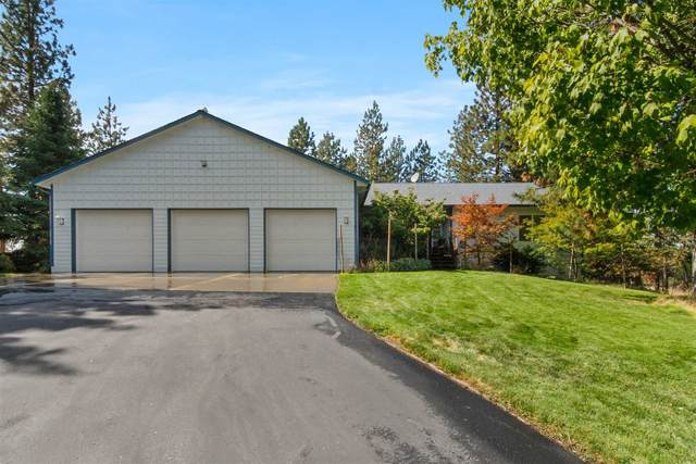 32610 N Whitetail Ln, Chattaroy, WA 99003 (#202123645) :: Five Star Real Estate Group