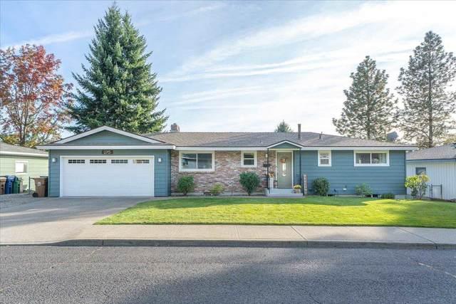 2715 W Dell Dr, Spokane, WA 99208 (#202123890) :: The Spokane Home Guy Group