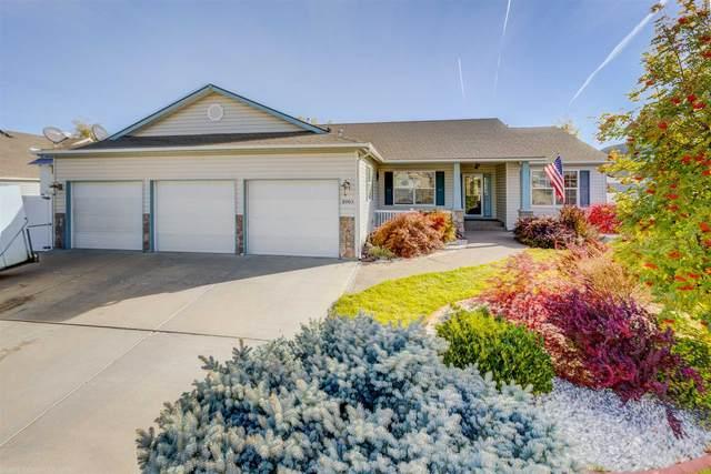8003 S Strawberry St, Spokane, WA 99004 (#202123903) :: Amazing Home Network