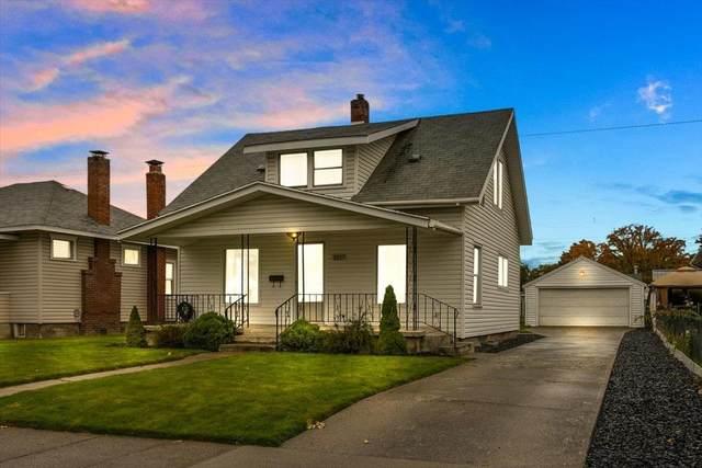 5217 N Post St, Spokane, WA 99205 (#202123946) :: Real Estate Done Right
