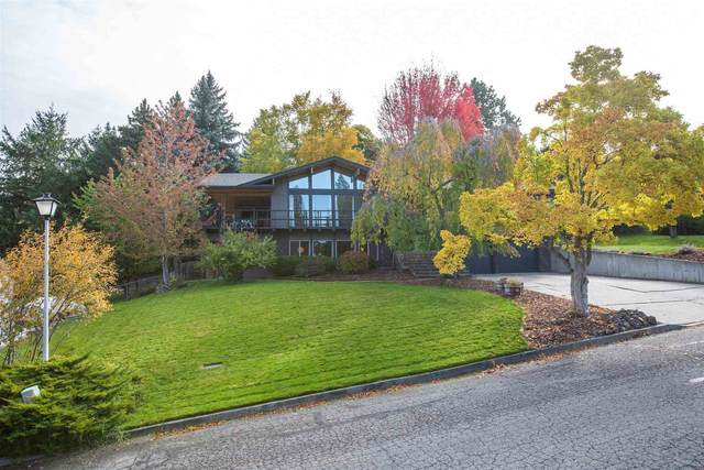 2217 S Carnine Ct, Spokane Valley, WA 99037 (#202123964) :: Real Estate Done Right