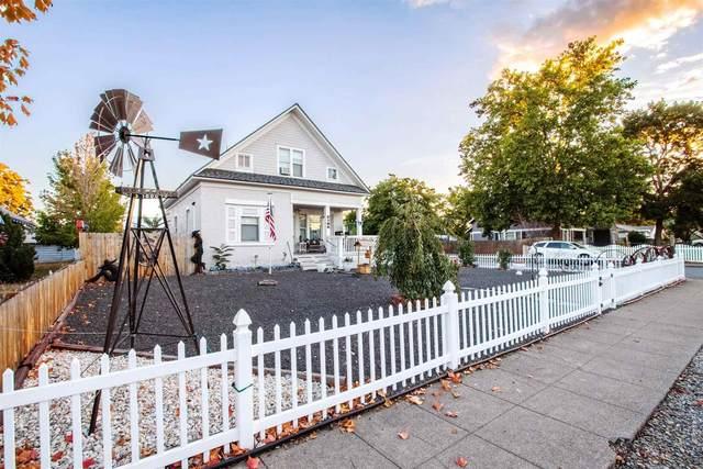2102 E Sinto Ave, Spokane, WA 99201 (#202123990) :: The Spokane Home Guy Group
