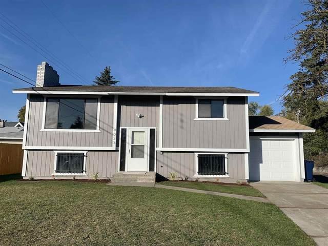 4023 N Helena St, Spokane, WA 99207 (#202124041) :: Top Spokane Real Estate