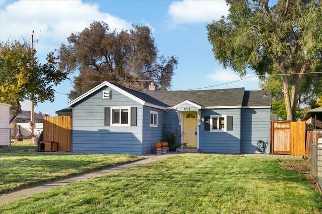 1707 E Crown Ave, Spokane, WA 99207 (#202124067) :: RMG Real Estate Network
