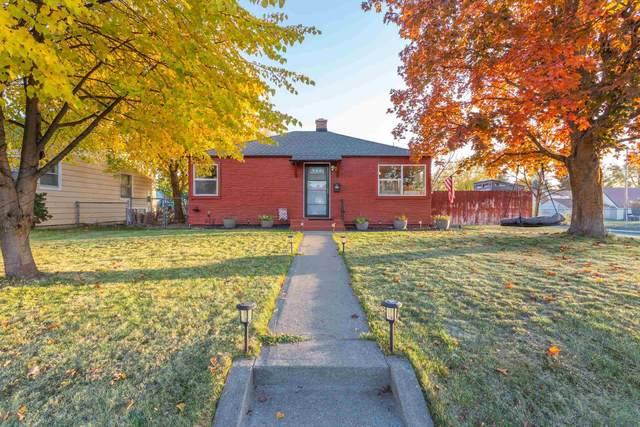 2529 W Crown Ave, Spokane, WA 99205 (#202124107) :: The Spokane Home Guy Group
