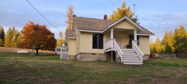 5615 & 5617 E Eloika Rd, Chattaroy, WA 99003 (#202124214) :: The Spokane Home Guy Group