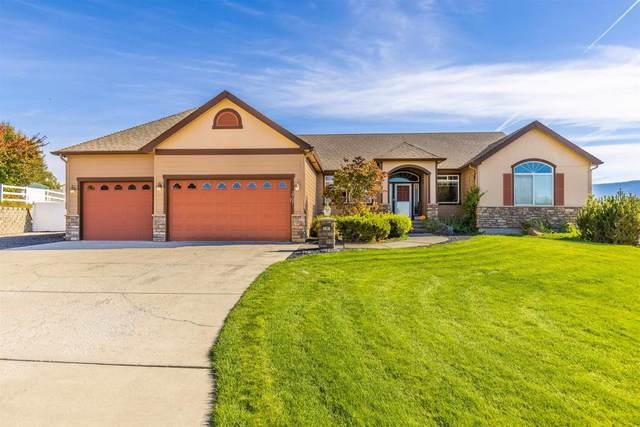 2707 S Steen Ln, Greenacres, WA 99016 (#202124258) :: The Spokane Home Guy Group