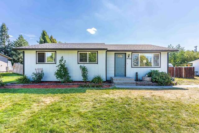 19122 E Valleyway Ave, Spokane Valley, WA 99016 (#202124293) :: Trends Real Estate