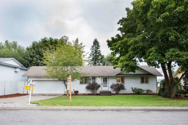 11117 E 11th Ave, Spokane Valley, WA 99206 (#201724835) :: 4 Degrees - Masters