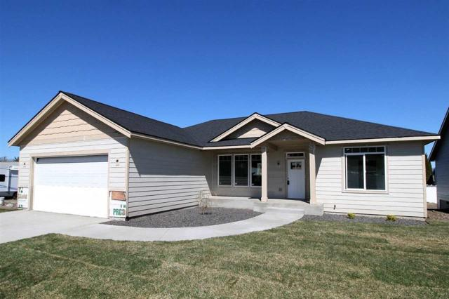 17601 E 4th Ln, Spokane Valley, WA 99016 (#201815231) :: The Hardie Group