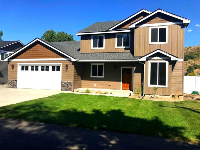 4784 W Lowell Ave, Spokane, WA 99208 (#201821610) :: The Spokane Home Guy Group