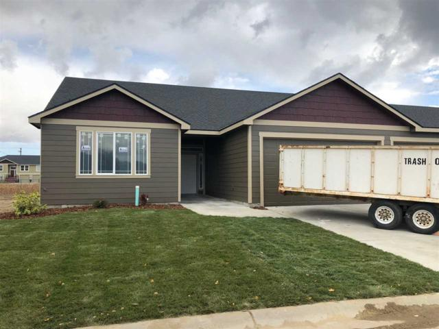 8604 N Maple Ln, Spokane, WA 99208 (#201824083) :: The Hardie Group