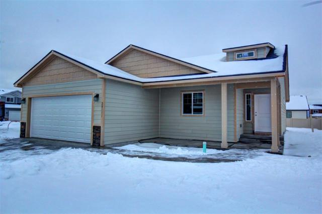 20111 E 2nd Ave, Spokane Valley, WA 99016 (#201911408) :: 4 Degrees - Masters