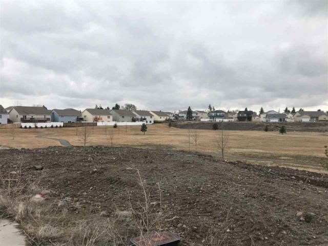 13510 W 8th Ct, Airway Heights, WA 99001 (#201913202) :: THRIVE Properties