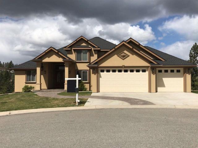 8305 E Black Oak Ln, Spokane, WA 99217 (#201915068) :: Chapman Real Estate