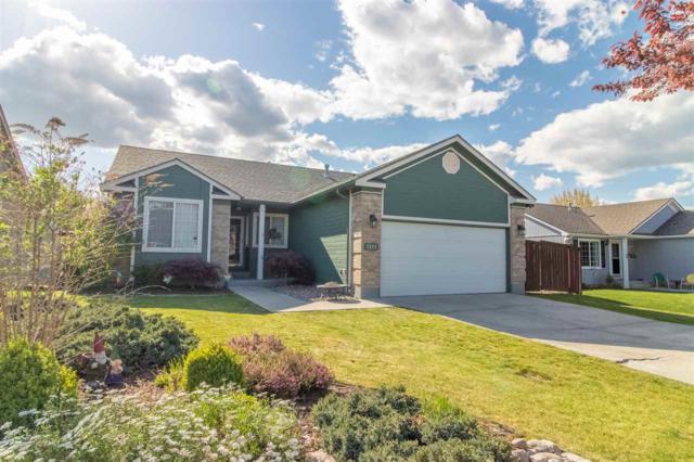 1211 N Fairway Rd, Liberty Lake, WA 99019 (#201915843) :: Chapman Real Estate