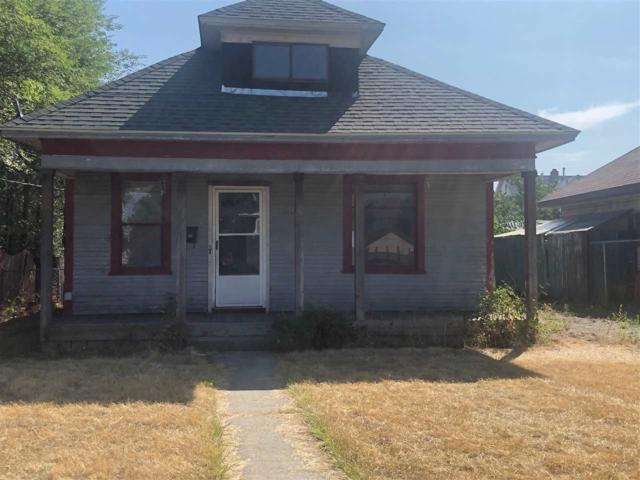 2412 N Addison St, Spokane, WA 99207 (#201919950) :: Northwest Professional Real Estate