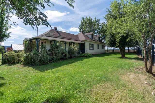 7118 E Peone Rd, Mead, WA 99021 (#201924161) :: The Spokane Home Guy Group
