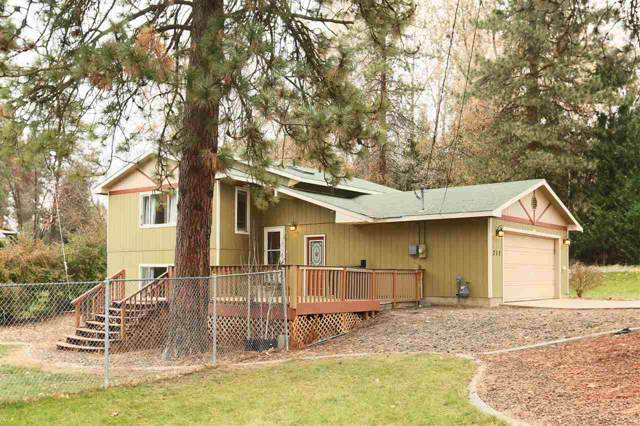 717 E C St, Deer Park, WA 99006 (#201926100) :: Chapman Real Estate