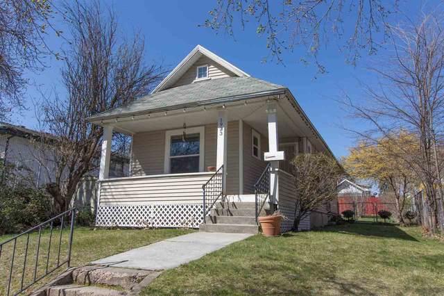 1923 E Providence Ave, Spokane, WA 99207 (#202011946) :: The Spokane Home Guy Group