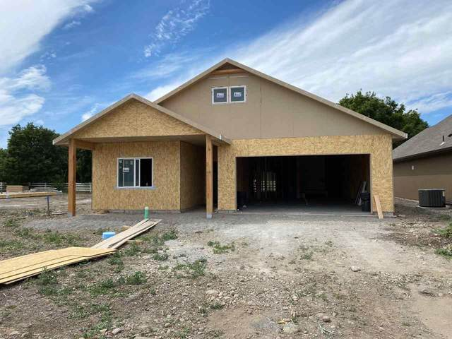 2213 N Corbin Ct, Greenacres, WA 99016 (#202014845) :: Northwest Professional Real Estate