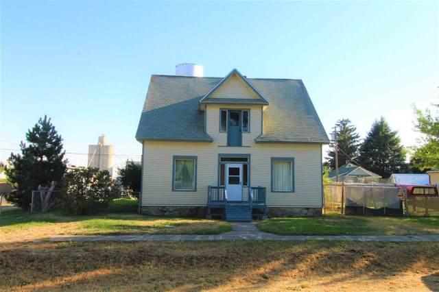 1105 Main St, Davenport, WA 99122 (#202017336) :: The Spokane Home Guy Group