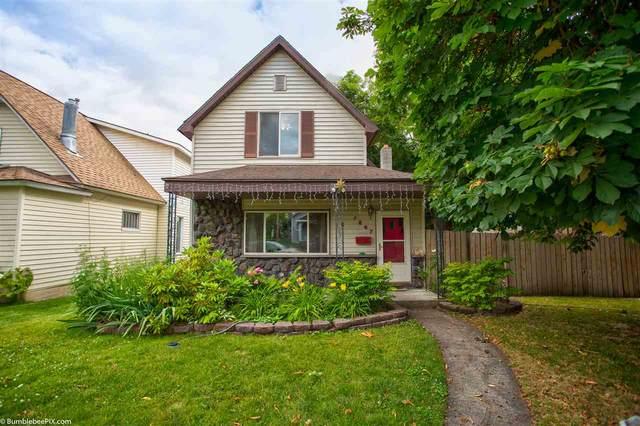 1807 W Mission Ave, Spokane, WA 99201 (#202018231) :: Chapman Real Estate