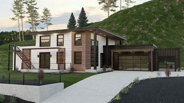 16307 E E Whirlaway Ln, Veradale, WA 99037 (#202020665) :: Five Star Real Estate Group