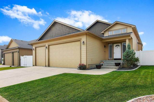 8323 N Maple Ln, Spokane, WA 99208 (#202022349) :: Top Spokane Real Estate