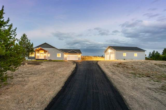 28528 N Perry Rd, Chattaroy, WA 99003 (#202023364) :: The Spokane Home Guy Group