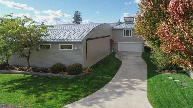 143 Airport Loop W, Seven Bays, WA 99122 (#202023398) :: Elizabeth Boykin & Keller Williams Realty