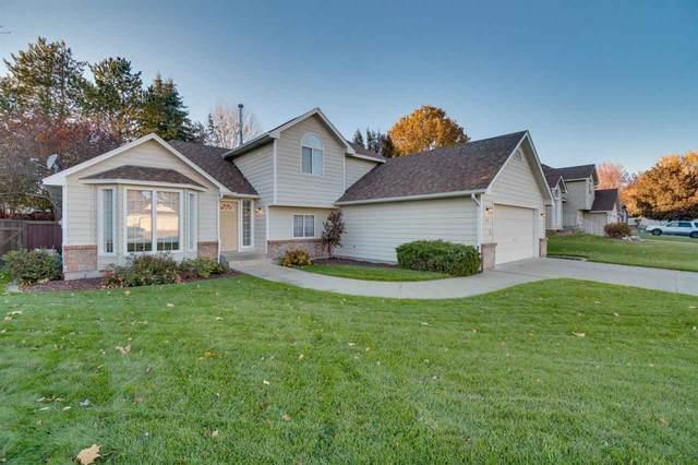 2104 S Century Ct, Spokane Valley, WA 99037 (#202024326) :: The Hardie Group